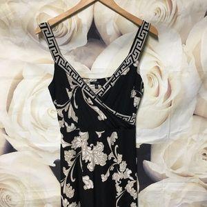 Black floral sleeveless maxi dress medium